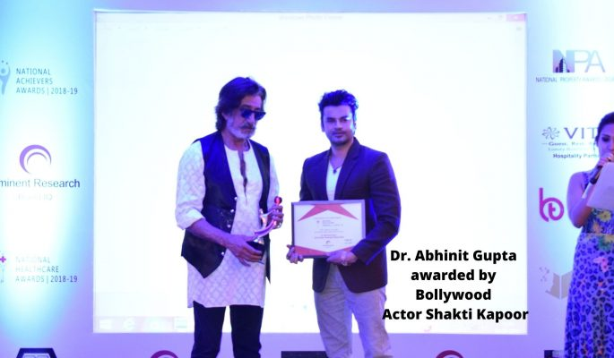 Shakti Kapoor with Dr. Abhinit Gupta (2)